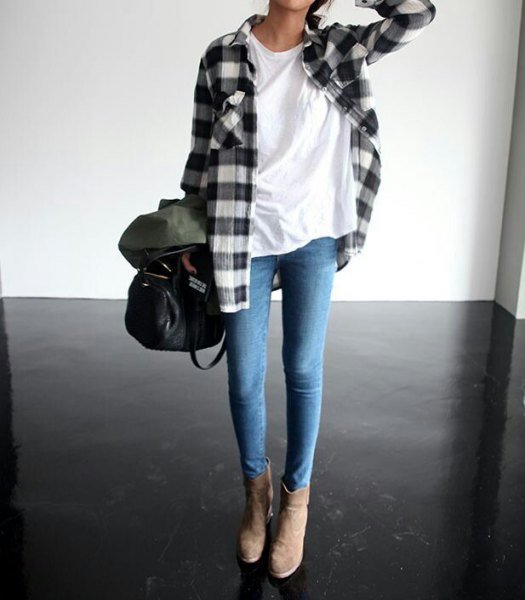 flannel plaid shirt white tee skinny jeans