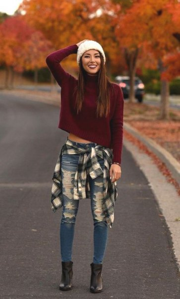 tie flannel shirt around waist cropped sweater jeans