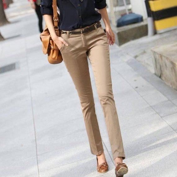beige khaki pants green ribbon loafers