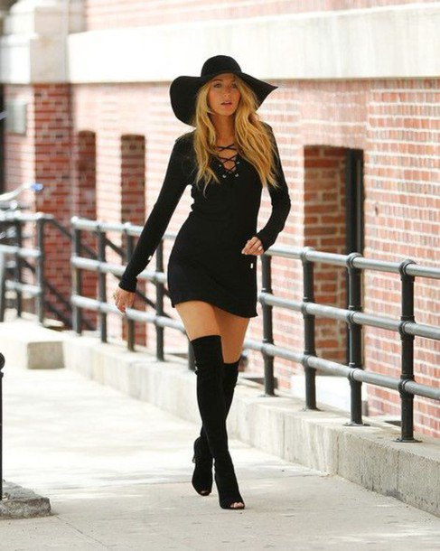 aa1e29ce81e How to Style Black Floppy Hat  12 Top Outfit Ideas - FMag.com