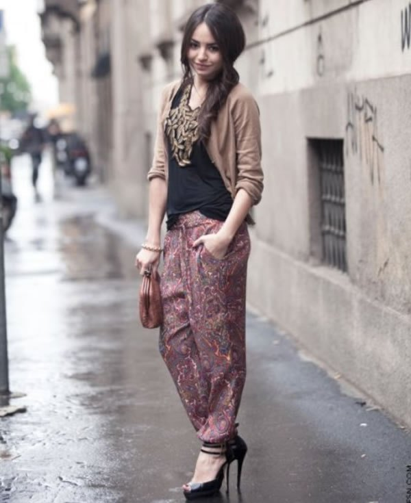 Throw on a pair of harem pants or joggers for a laid back yet stylish look. These comfortable pants are great for a tropical getaway or for layering on a summer night out.