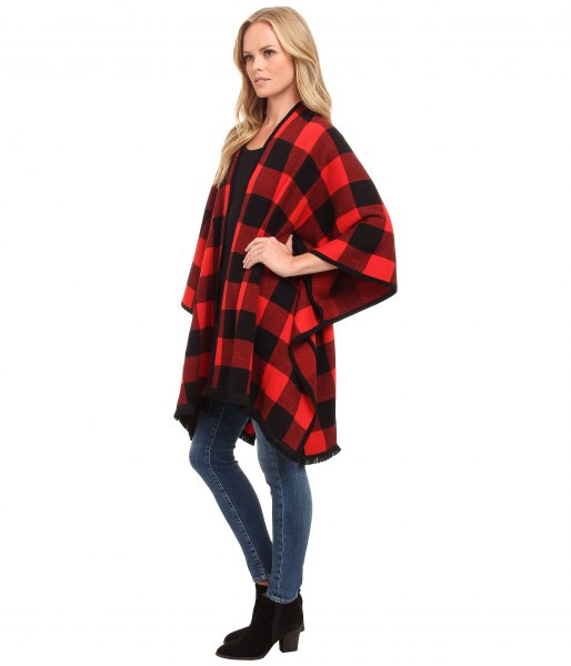 black and red plaid blanket cardigan skinny jeans