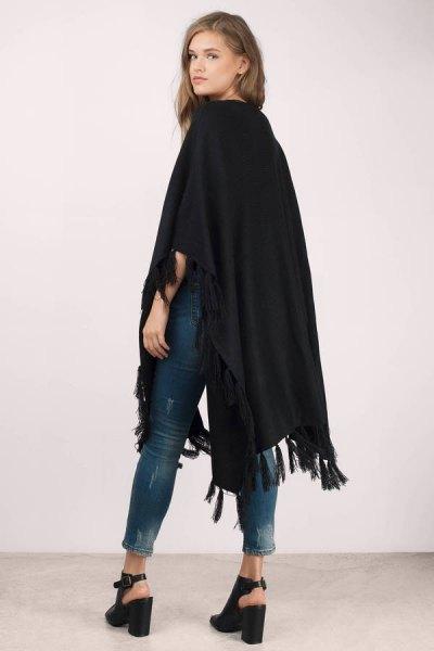 black blanket cardigan skinny jeans black heels