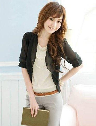 black half sleeve blazer cream top grey pants