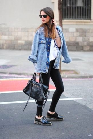 black skinny jeans denim jacket oxford shoes
