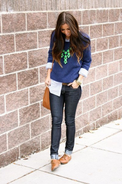 blue sweater skinny jeans oxford shoes