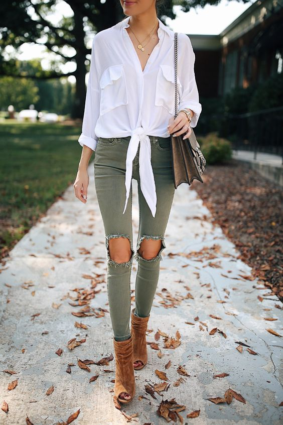 green skinny jeans ripped