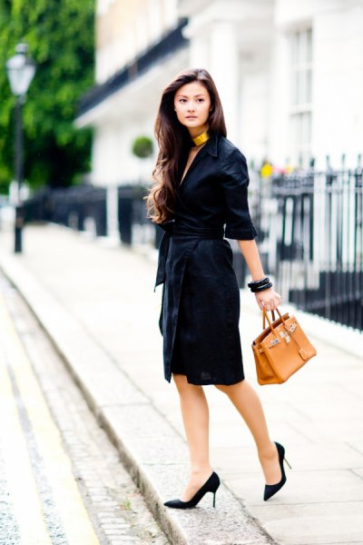 half sleeve wrap dress black heels