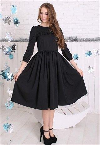 three quarter sleeve black flare midi dress heels