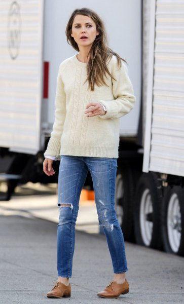 white knit sweater jeans oxford shoes