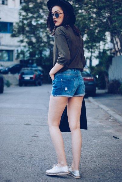 black felt hat denim shorts