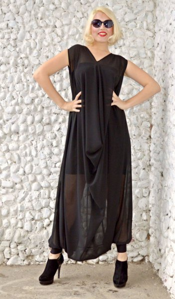 black sleeveless maxi loose fit dress