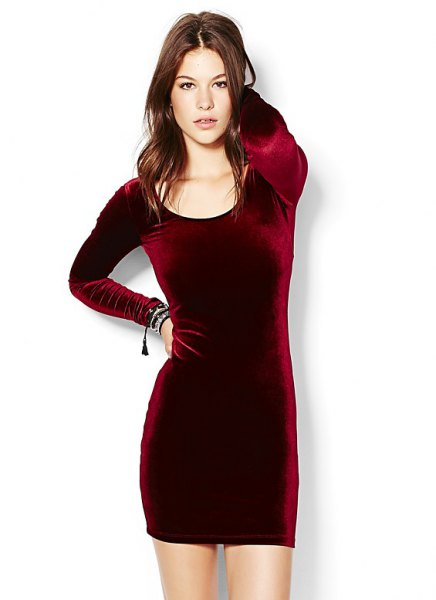 burgundy long sleeve velvet dress