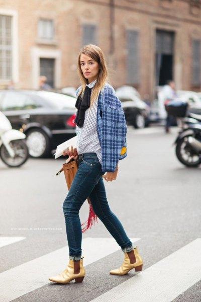 white and black polka dot bow shirt skinny jeans