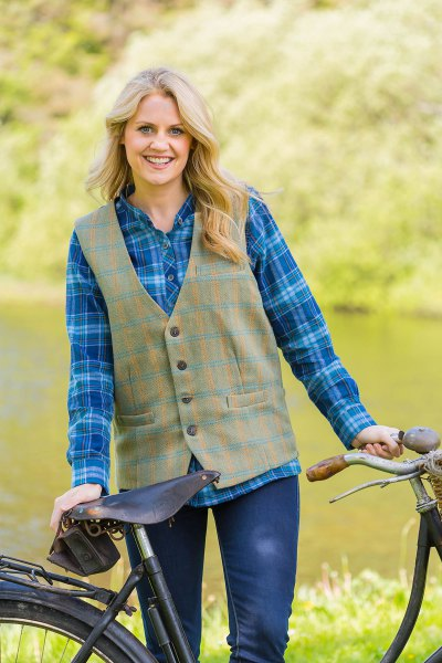blue plaid boyfriend shirt green tweed vest