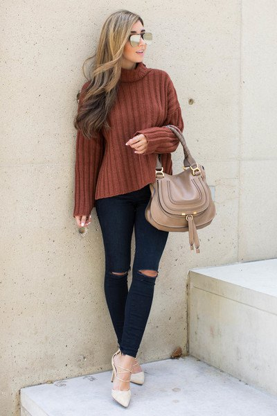 green mock neck ribbed sweater black jeans