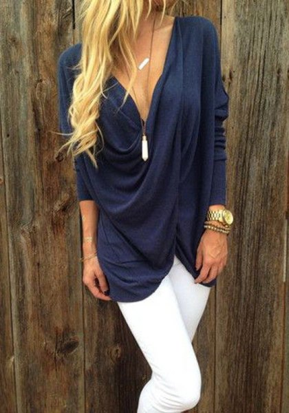 navy deep v neck draped top white skinny jeans