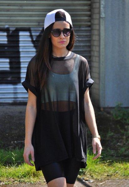 oversized short sleeve black mesh top pencil skirt
