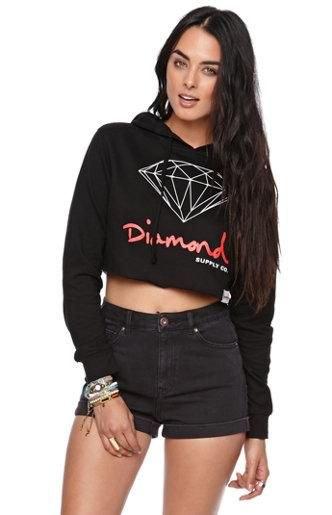 printed cropped hoodie black denim shorts