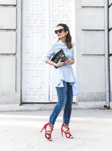 white button up peplum top with skinny jeans