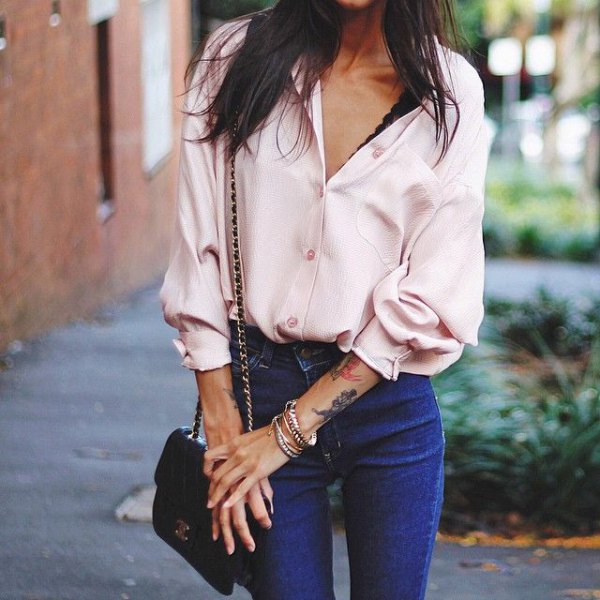white silk shirt blue skinny jeans