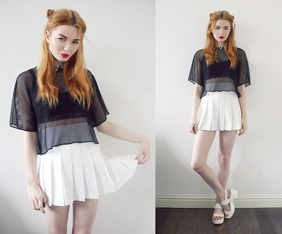 white tennis skirt black cropped tube top mesh top