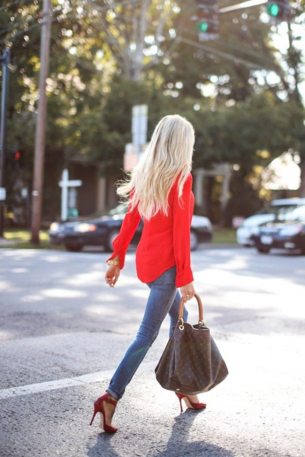 how to wear a red blouse
