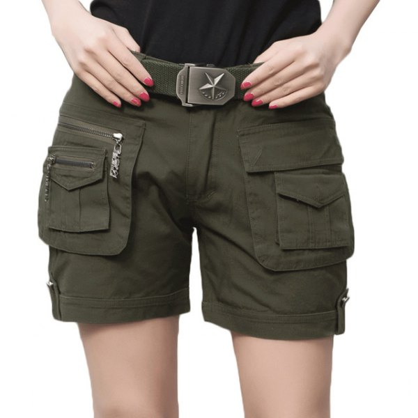 black t shirt army green khaki cargo shorts belt