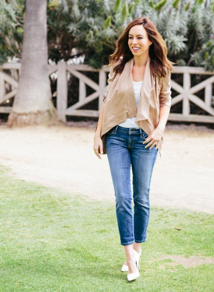 blush pink chiffon blouse blue ankle jeans