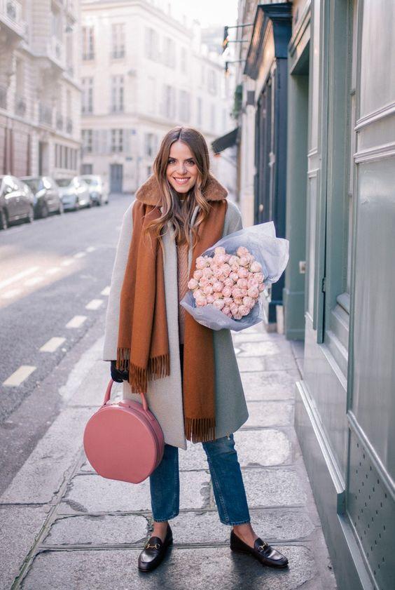 boucle coat parisian look