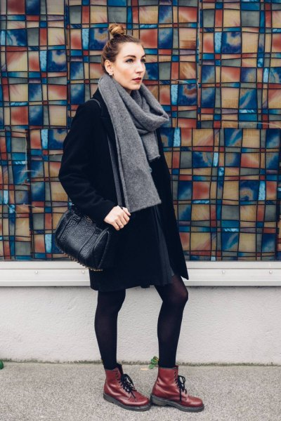 grey cashmere scarf all black outfit