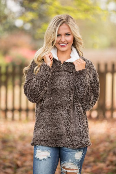 grey teddy pullover with white collar