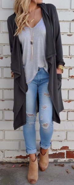 light grey v neck t shirt ripped boyfriend jeans