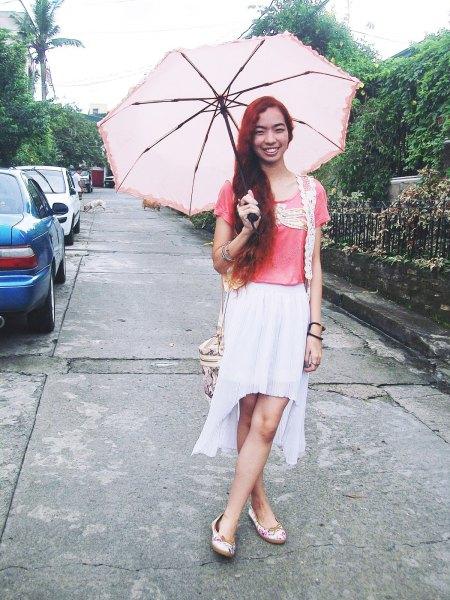 pink t shirt white chiffon high low skirt