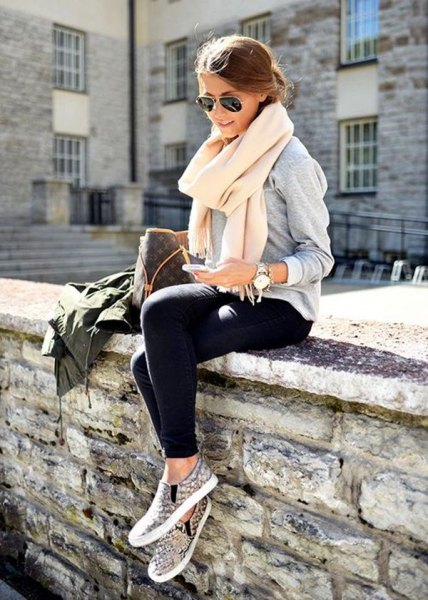 white cashmere scarf grey sweatshirt black jogger pants