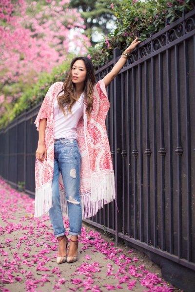 white lace fringe kimono white tee boyfriend jeans