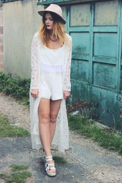 a0e9ec7711 15 Elegant   Ladylike White Lace Kimono Outfit Ideas - FMag.com