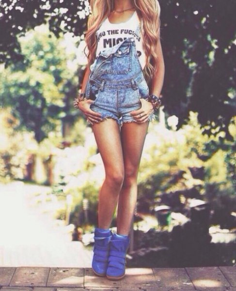 white print tee royal blue plastic ankle boots