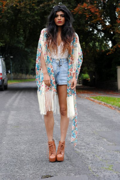 white sweetheart neckline lace top blue denim shorts