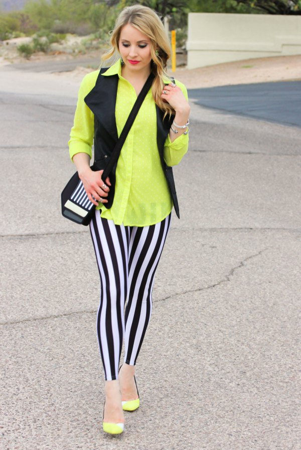 a6a92f23679e6 How to Style Striped Leggings: 15 Chic & Style Outfit Ideas - FMag.com