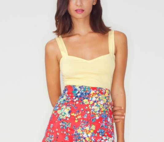 best red high waisted shorts outfit ideas
