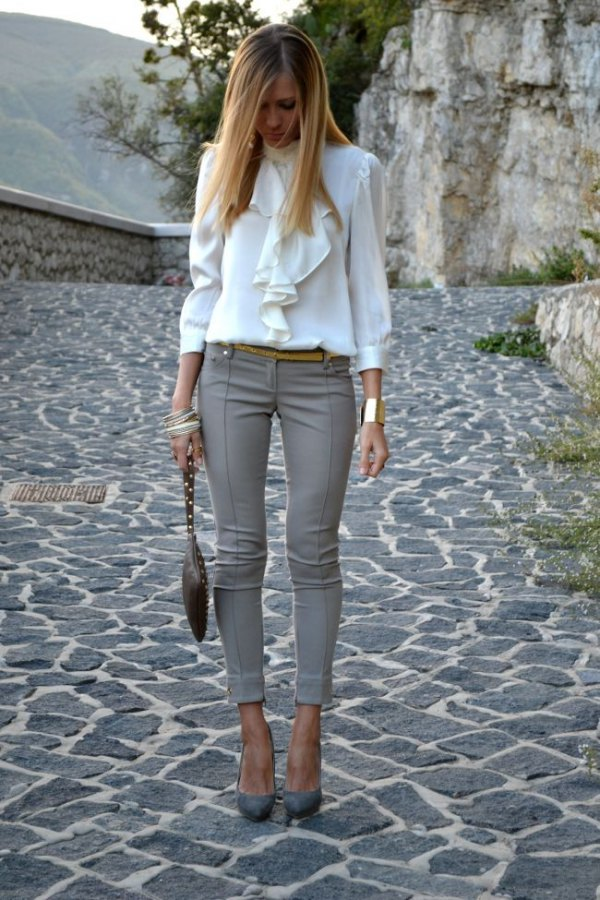 a536524a3daf 15 Super Chic Skinny Dress Pants Outfit Ideas for Women - FMag.com