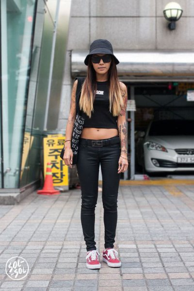 cc94871eea6 How to Wear Bucket Hat  15 Best Outfit Ideas for Women - FMag.com