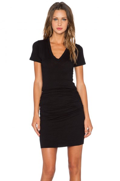 black short sleeve v neck ruched bodycon mini dress