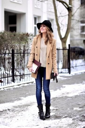 crepe wool coat and blue skinny jeans