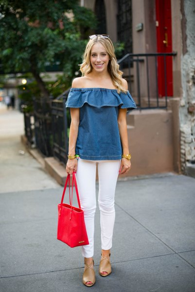 denim ruffle top with white skinny jeans