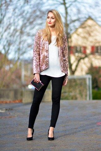 rose gold blazer with white blouse black skinny jeans