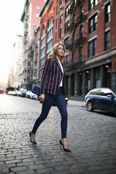 vertical striped black blazer white blouse dark blue skinny jeans