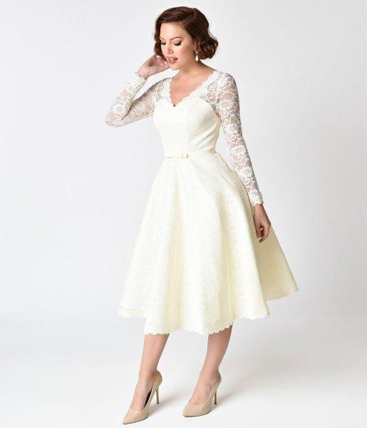 white lace sleeve scalloped hem 1950s style swing dress
