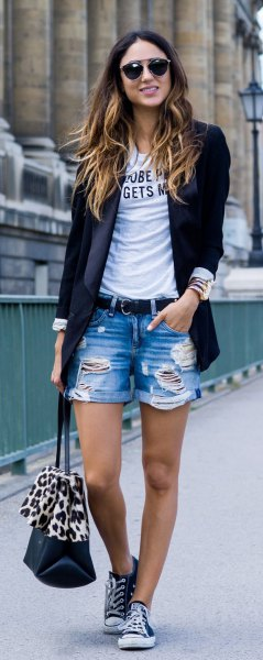 black blazer with print tee and boyfriend shorts